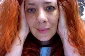 Nu också med rött hår!